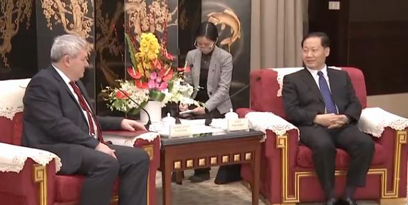 Czech Communist leader Vojtěch Filip with Sichuan provincial Party Secretary Peng Qinghua 彭清华, January 2019. Source: CCTV